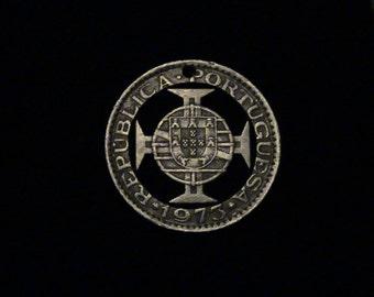 Macao - cut coin pendant - Arms - 1972