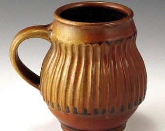 Bruegel-esque White Stoneware Mug Carve Stripe Pattern, Red Gold Glaze