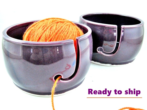 Ceramic Yarn bowl, knitting bowl, yarn organizer, small yarn bowl, portable yarn bowl, small project yarn bowl - In stock