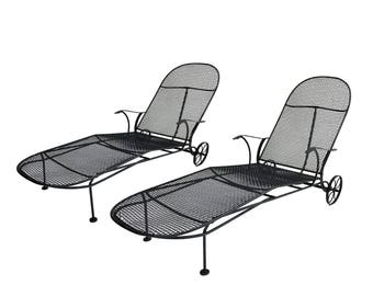 Mid Century Patio Woodard Sculptura Chaise Lounge Chairs Pair