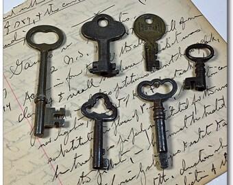 Lot vintage old skeleton padlock keys Presto