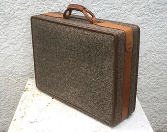 Vintage Hartmann Medium Sized Tweed Suitcase, with Cream/Brown Patterned Interior