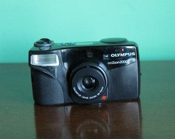 Olympus Infinity zoom 2000 35mm camera working