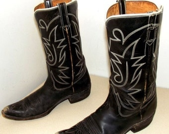 ON SALE Rockabilly Western style Vintage Cowboy boots size 10 or cowgirl size 11.5