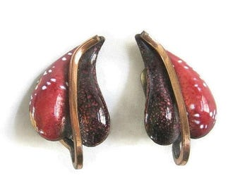 Renoir Matisse Copper Earrings Red Enameled with Gold, Brown and White Speckles Vintage signed