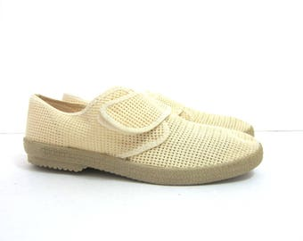 Vintage Mesh Sandals Beach Shoes Off White Suburbans Summer Sandals Retro Hipster Shoes  Boho Vacation Resort Shoes Mens Size 7 Womens 9.5
