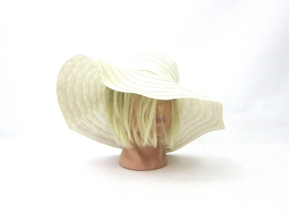 Vintage White Womens Floppy Brim Sun Hat  1960s Dress Hat Union Made Fashion Hat with wide Brim size Small Medium