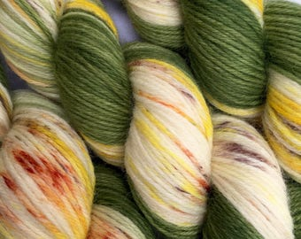 WORSTED WEIGHT Yarn - Hand Dyed Merino Wool in All That Jazz Colourway