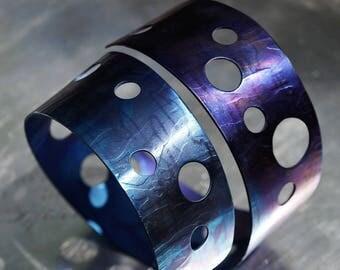 Bracelet Titans Orbit - Titanium Fashion -Fresh & New Forma- Drama-Spectrum Color -Power Modern Women Fashion of Spectrum Colors