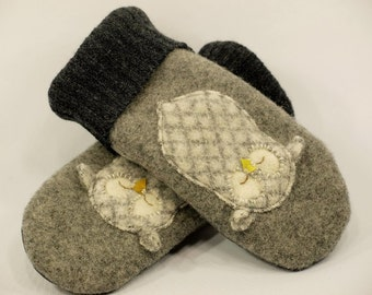 Wool Mittens Owl Sweater Mittens Felted Wool Grey Owl Applique Fleece Lining Leather Palm Eco Friendly  Size S/M