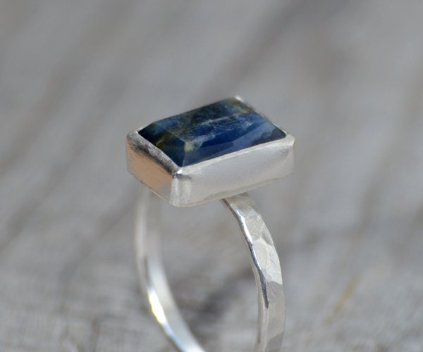 sapphire engagement ring in midnight blue