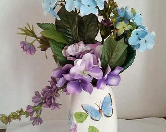 Beautiful Floral Art Vase and Floral Display