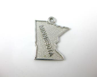 Vintage Minnesota State Cut Out Charm
