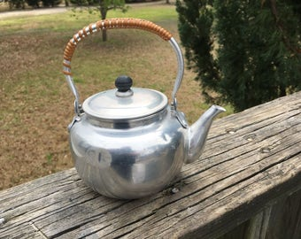 Vintage Aluminum Seep and Serve TeaPot..Made in Japan..Retro Kitchenware...Cottage Chic...Mid Century..Rustic Cabin Collectible