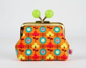 Metal frame coin purse with color bobbles - Little retro flowers on orange - Color mum / dots / Turquoise hot pink lime green brown
