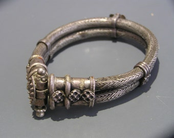 HEAVY Solid Silver Tribal Silver Bangle . Ethnic Jewelry . India . 103 grams