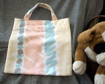 Book Lunch N Small Gift Tote Bag, Vertical Pastel Stripes Print