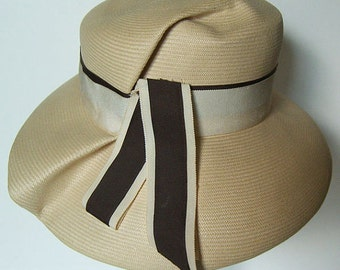 "22"" - Vintage Designer Bergdrof Goodman New York Summer Women's Panama Hat"