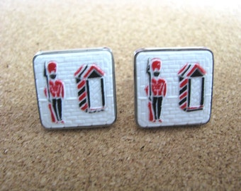 Vintage silver tone  cuff links cufflinks with red black white Guard soldier