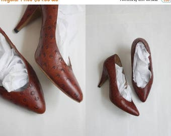 25% SALE 1970s ostrich leather shoes