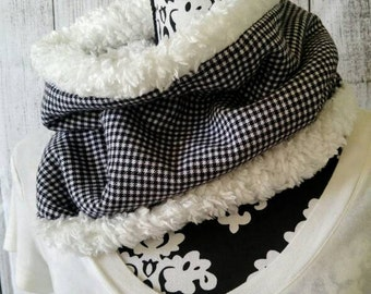 Flannel Cowl Scarf - Mini Black and White Houndstooth