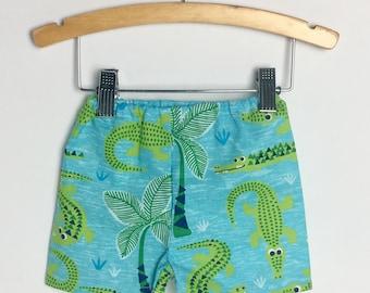 boy shorts + alligator