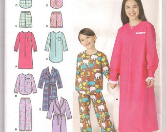 Simplicity 1570 Unisex Sleepwear Childs Lounge wear Robe Gown Nightshirt Pants Shorts Top Childrens Pajamas Size 3 4 5 6 Uncut