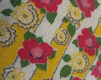 Sunny Yellow and White Floral Vintage Flour Sack Towel Set