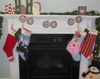 Christmas banner, HO HO HO banner, Holiday banner, banner for mantle, holiday decorations, photo prop