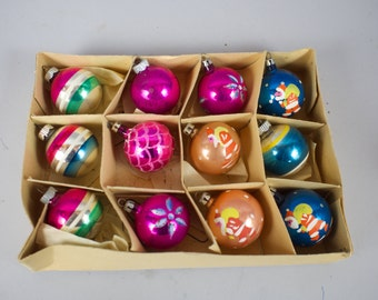 12 Small Vintage Glass Feather Christmas Tree Ornaments in Box