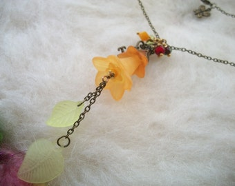 Boho Hippie Flower Necklace Harvest Colors Lucite Lily Flower Necklace, Frosted Flower and Leaf Glass Beads Copper Filigree