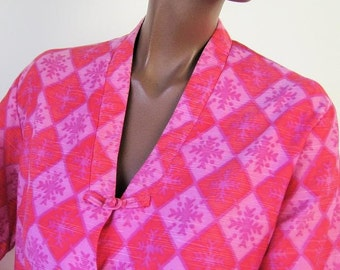 60s Hawaiian Jacket Vintage Hapi Coat Pink Print Asian Kimono  Style