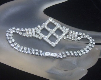 Vintage Rhinestone Bracelet, Gift for Bride, Wedding Jewelry, Bridal Bridesmaid, Vintage Wedding,  Prom Quinceañera, Mother of the Bride