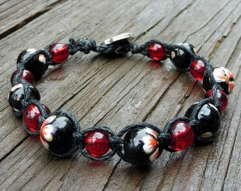Black Macrame Bracelet - Flowered Black Glass Beads, Red Glass Beads, Single Wrap Bracelet, Black Hemp Macrame Bracelet