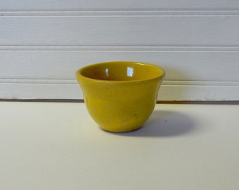 Vintage Yellow Ware Custard Cup Tiny Bowl Ribbed Top