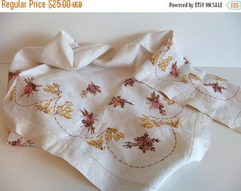 ON SALE Vintage  Linen Tablecloth Hand Embroidered Square