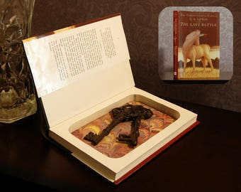 Hollow Book Safe (The Chronicles of Narnia: The Last Battle)