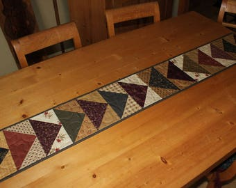 Last piece of pie floral quilted table runner
