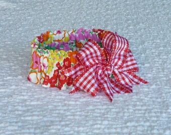"""Dog Ruffle Collar, Pet Bandana, Red, Pink and Orange Floral Dog Scrunchie Collar - gingham bow - Size L: 16"""" to 18"""" neck"""