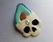 Avocado Skull pin