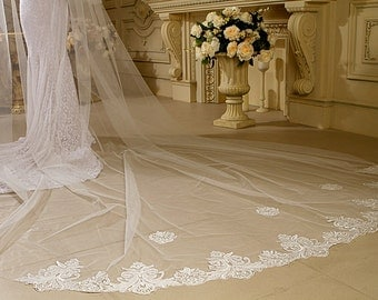 2 Tier Cathedral Bridal Wedding Veil Lace Trim Edge Ivory