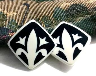 Vintage Lucite Fleur De Lis Clip on Earrings, Black White, New Orleans Saints, Fleur Di Lis, Fleur Dis Lis, Fleure Dis Lis,VisionsOfOlde