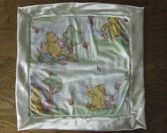Classic Winnie The Pooh Print Comfort Blankie