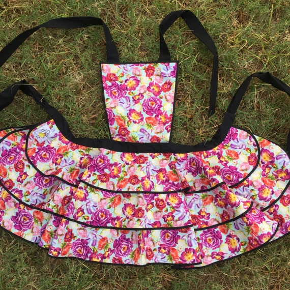 Hot Chick Aprons womens berry floral full apron