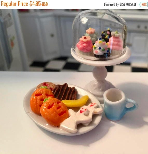 SALE Miniature Cookies, Halloween Cookies, Cookie Platter, Style 4, Dollhouse Miniatures, 1:12 Scale, Mini Food, Sweets