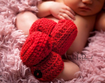 Baby Booties, Crochet Baby Booties, Baby Ankle Boots, Crochet Booties, Baby Shoes  in Scarlet