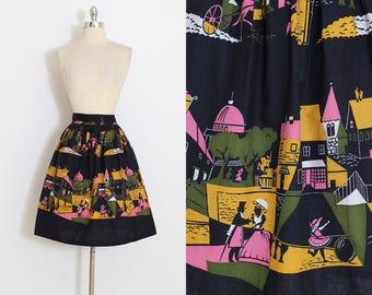 Vintage 50s Skirt   1950s novelty print skirt   victorian street scene   medium   5910