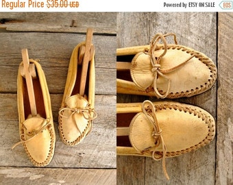 25% off sale - Womens Moccasins Size 9  //  Leather Moccasins Sz 40 wom  //  THE HOCHIMIN