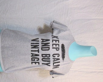 hand printed t-shirt - KEEP CALM and BUY ViNTAGE - ladies size medium - grey t-shirt - vintage lover