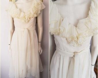 Vintage 50/60s Chiffon cream Ruffle Dance Prom Dress.Small.Bust 34.Waist 26.